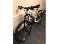 Giant XTC 27.5 Medium Frame Mountain Bike