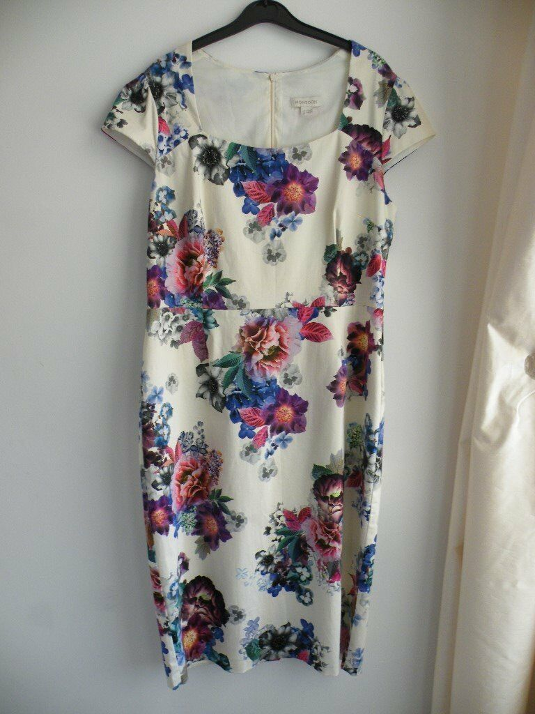 Monsoon Dress Size 16 Cream With Purple Blue And Pink Flower