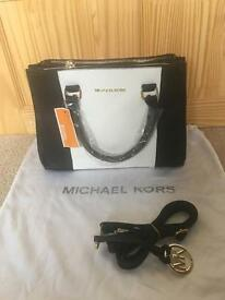 Michael Kors Black and White bag Selma with a strap