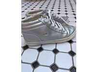 Silver Lacoste girls ankle boots - genuine. Hardly worn size UK3