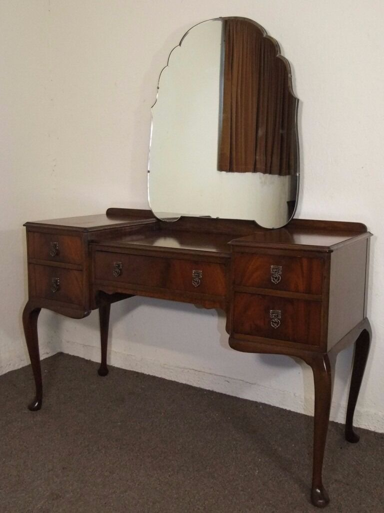 Antique mirrored dressing table - Lovely Vintage Queen Anne Leg Flame Mahogany Dressing Table Free Delivery In The Glasgow Area