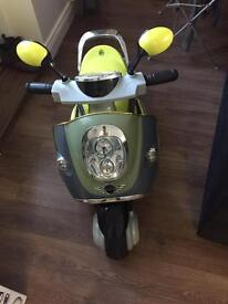 Battery operated motorcycle 3+