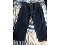 Genuine Levi's w34 l22 3/4 length trousers