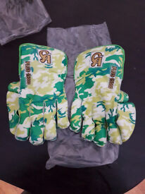 Details about CA PLUS 15000 MENS CRICKET WICKET KEEPING GLOVES BY CA SPORTS