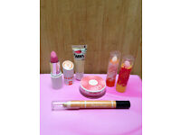 Collection Make Up and Lip Balm Bundle
