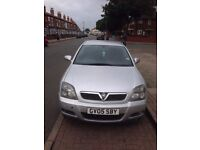 Vauxhall Vectra Silver Automatic.