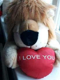 Large lazy love you lion