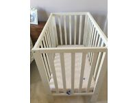 Mamas and Papas petit cot in white