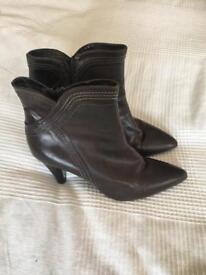 Roland Cartier ankle boots