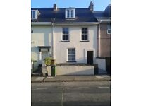 Central Plymouth flat share minutes from University, shops and station