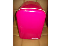 pretty pink mini fridge 4L great working order warm/cold function with mains lead 240