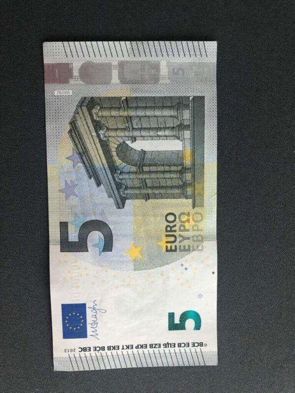 5 euro banknote, Good Condition. BankNotes Bill € Five, Euros, Unc