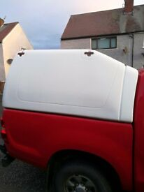 Truckman white canopy to fit toyota hilux