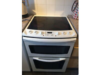Freestanding Electrolux Electric Cooker. 4 Ring Ceramic Hob. Double oven / Grill.