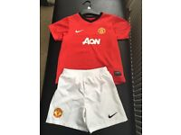 Manchester United Shirt and Shorts -Age 5-6 years