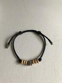 Braided waxed bracelet