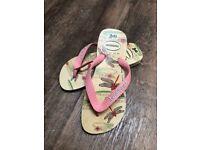 New girls Havaianas flip flop size 33-34 pink