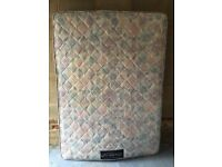 Double mattress (free delivery)