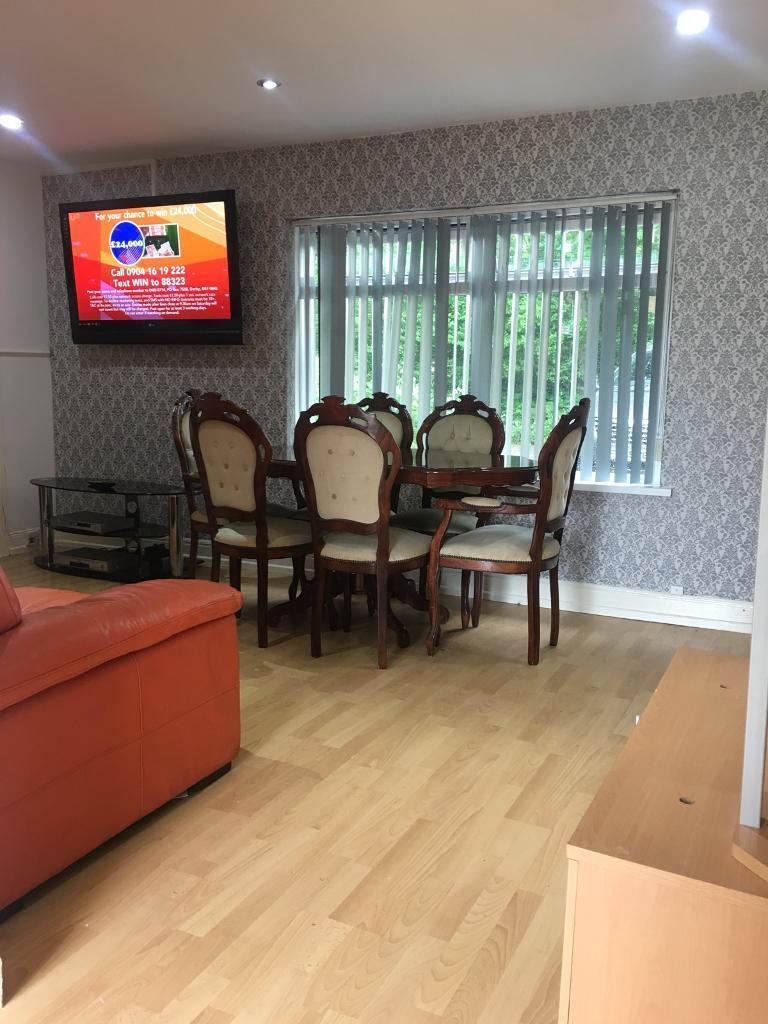 Nice Clean Fully Furnished 2 Bed Apartment, Ballyutoagh Road Approx 25 Mins To City Centre BT14