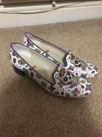 Neefs sugar skulls court shoes size 7