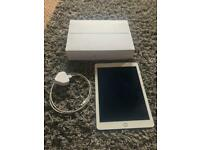 iPad Air 2 WiFi and cellular