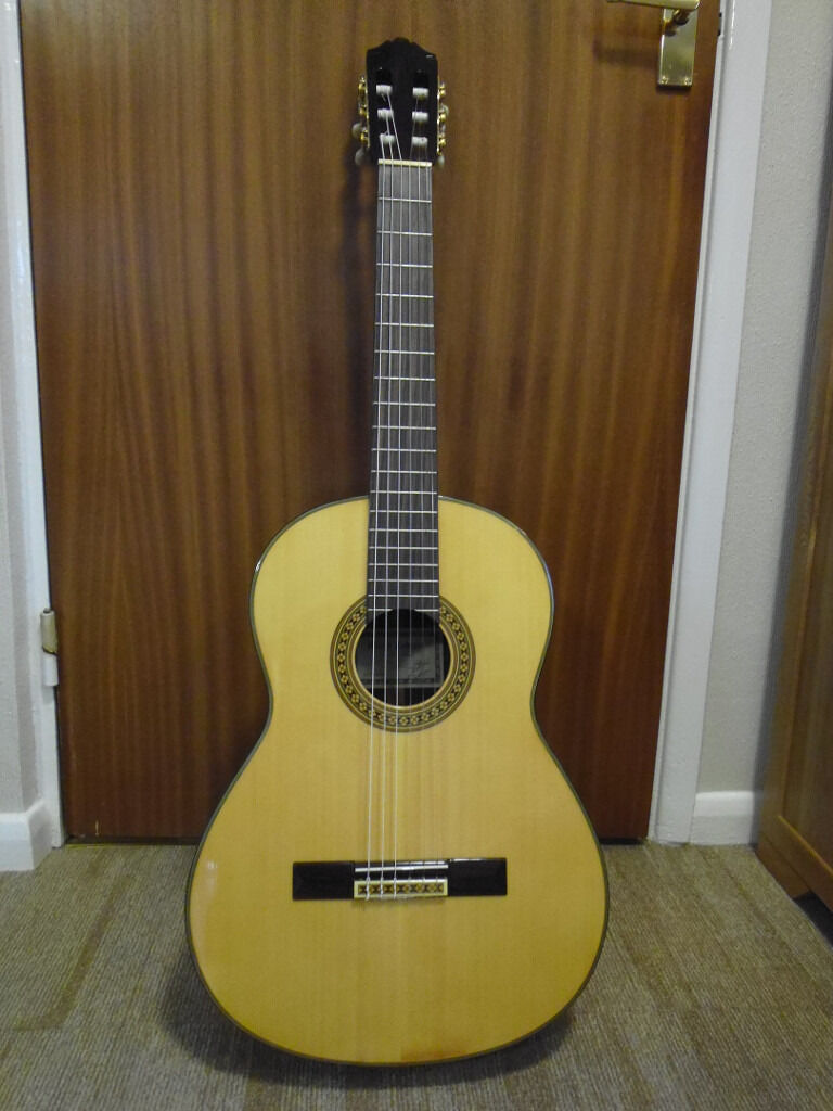 Yamaha Grand Concert Classical Guitar For Sale