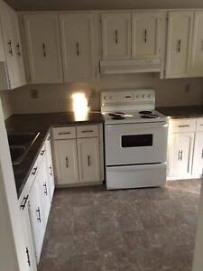 *INCENTIVES* 3 Bdrm Suite  Across from Clareview Walmart!