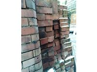 100 Reclaimed bricks RED Imperial cleaned 9.25 x 4.5 x 3