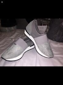 Women's misguided trainers size 5