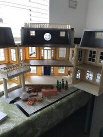 Sylvanian Families Grand Hotel with original box