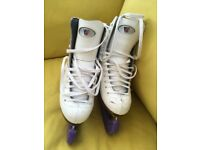 Girls Ice skates size 4