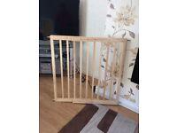 Baby start wooden extending gate