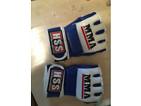 MMA Gloves, (used once/excellent condition) (size S)