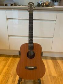 Baby Taylor 305m 3/4 acoustic guitar