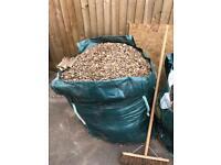 1 ton bag of decorative stones