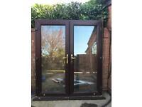 PVC double doors (brown)