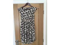 Butterfly maternity dress, size 10