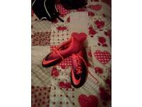 Size 11 men's football boots nike