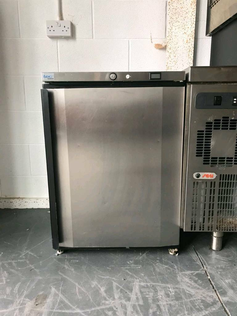 Lec undercounter fridge comercial catering oven freezers fryers