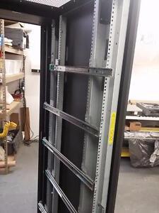 HP COMPAQ  Server Rack Cabinet SERVEUR Enclosure 42U