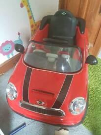 Red Mini Cooper S 6V Ride On with Remote Control