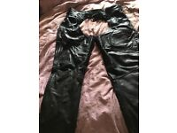 Gearbox leather motorcycle chaps size XXL