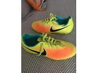 Nike Magista yellow football boots size 5