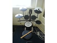 Roland TD-1KV V-Drums Electronic Drum Kit with Mesh Snare - very good condition