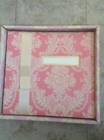 Anna Griffin 12 x 12 Scrapbook Boxed