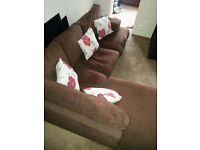 LUSH LARGE BROWN CORNER SOFA WITH FREE DELIVERY.