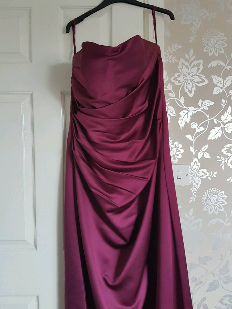 Linzi jay burgundy bridesmaid dress size 1820 in jarrow tyne linzi jay burgundy bridesmaid dress size 1820 ombrellifo Image collections