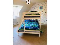 Triple sleeper bunk beds
