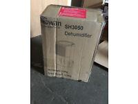Swan SH3050 10-Litre Dehumidifier - White