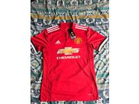 MANCHESTER UNITED HOME SHIRT SIZE SMALL